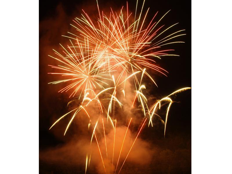 Feux d'été - Savoie - pyrotechnie - euro distribution - feux d'artifice