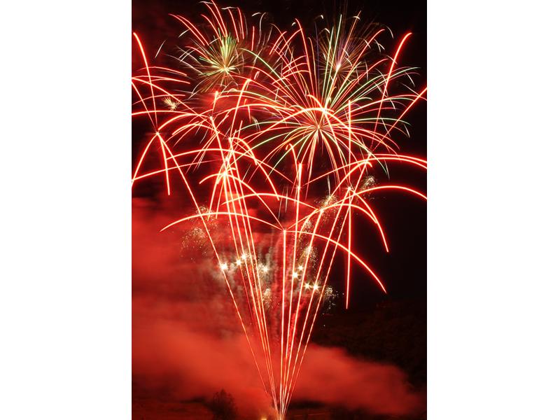 feux d'été - haute Savoie - Feux d'artifice pro - spectacle pyrotechnique 74