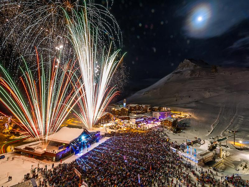 Feux d'hiver - Feux d'artifice professionnel - nouvel An - Tigne - pyro-concert dans la neige